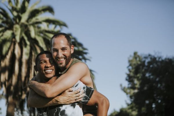 How to Find Gay Online Dating Partners